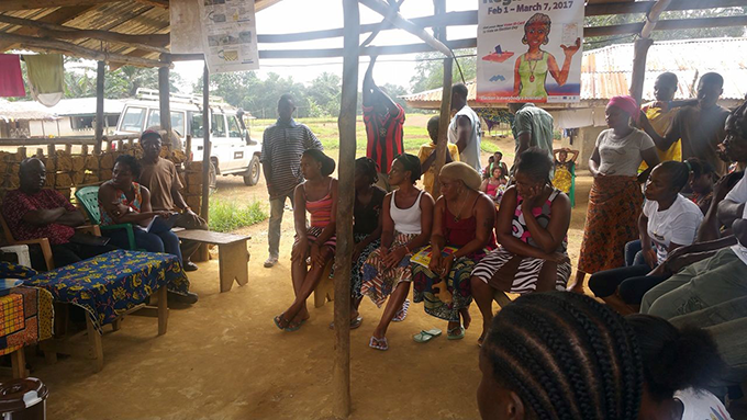 Cross- section of a joint community group discussion held in the Kwaituo Juaryen Town- Sinoe County. Photo Credit: Tearfund/Teta Lincoln