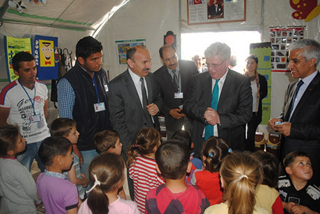 An Tanaiste visits Nizip Refugee camp in Turkey