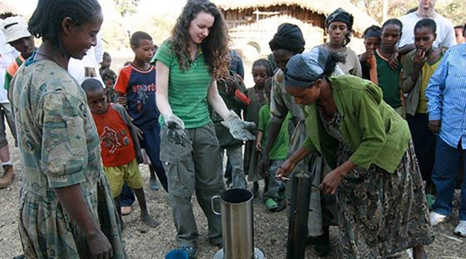 2008 winner Tara McGrath, Presentation School, Kilkenny, demonstrates her fuel-efficient pressure stove in Ethiopia.
